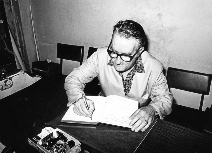 Día da Poesía: de Celso Emilio para Moraima